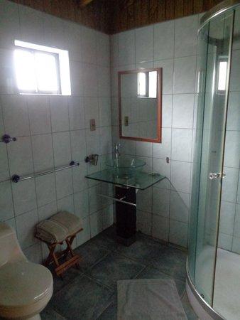 Chez Jerome: salle d'eau