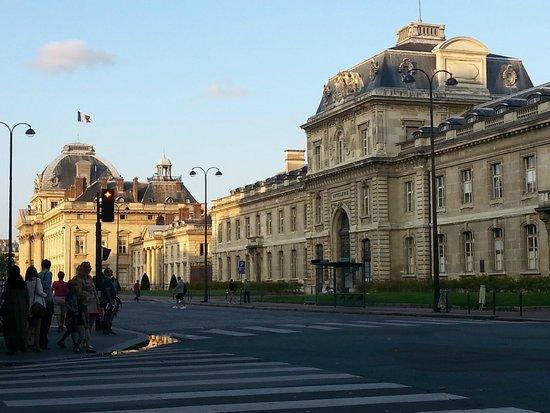 L'Ecole Militaire, Paris (vue de la terrasse de Le Piquet)