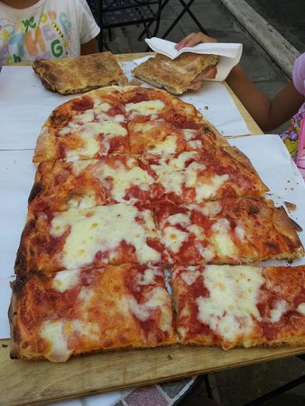 Panetteria Agilla: Pizza e ciaccia
