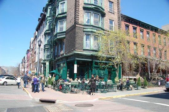 Elysian Cafe: Un día fantastico