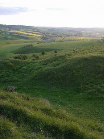 Cherhill White Horse and Monument: Amazing Views from the Top