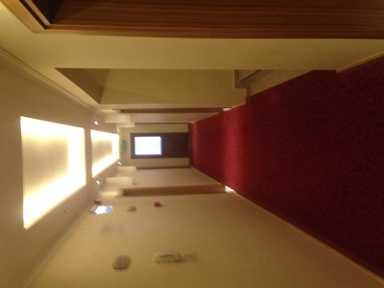 Aes Club Hotel: Moden