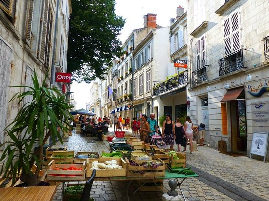Hotel de la Paix: Rue Gargoulleau