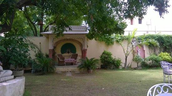 Hotel Anuraag Villa: Garden