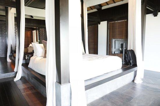 Four Seasons Resort The Nam Hai, Hoi An: Bed