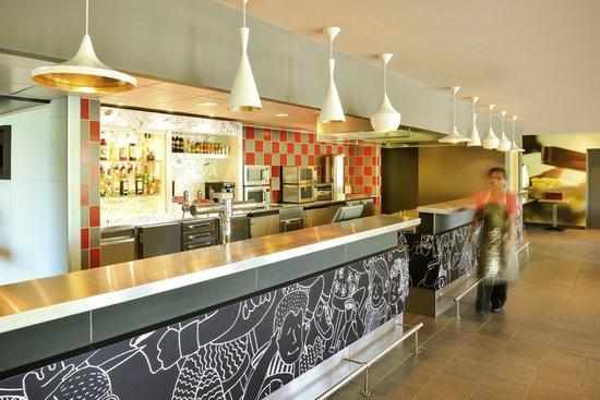 ibis avignon centre gare recenze a srovn n cen tripadvisor. Black Bedroom Furniture Sets. Home Design Ideas