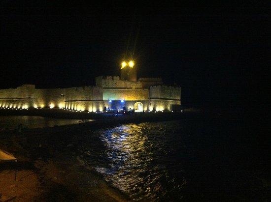 Hotel La Calabrese : neanche 100 metri di distanza