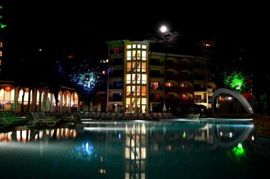 Grifid Hotels Club Hotel Bolero: Vue de la piscine principale