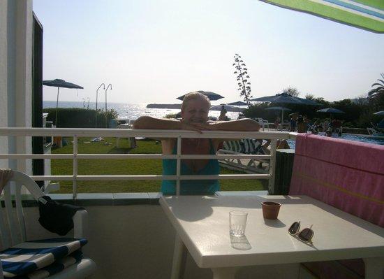 Vistamar Apartments: Balcony