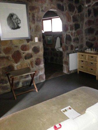 Shondoro Mountain Retreat: Reedbuck main room
