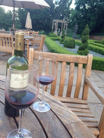Weston Hall: Rioja o'clock on the terrace
