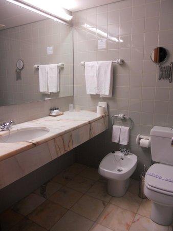 Hotel do Mar : Salle de bain