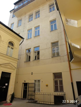 TRAP Prague: The apartment building with TRAP at the bottom