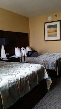 Excalibur Hotel & Casino: Excalibur beds