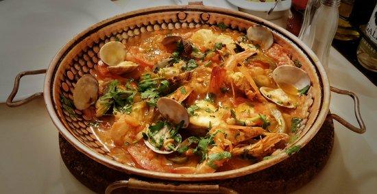 A lanterna: Monkfish, clams and prawn cataplana