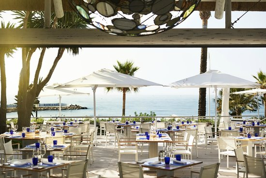 Sea Grill, beach front restaurant