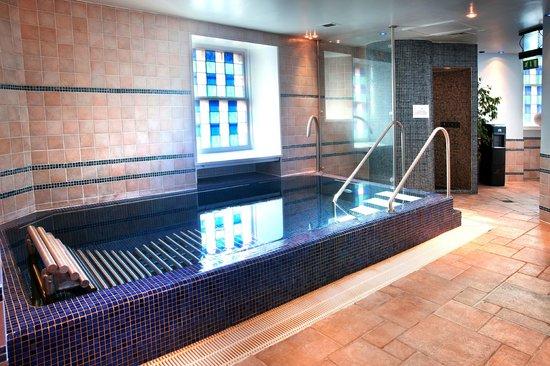 Dalhousie Castle: Hydro Pool