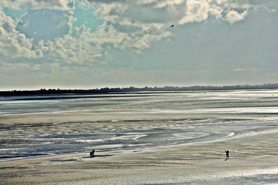 Les Tourelles : Vue extérieur sur la baie