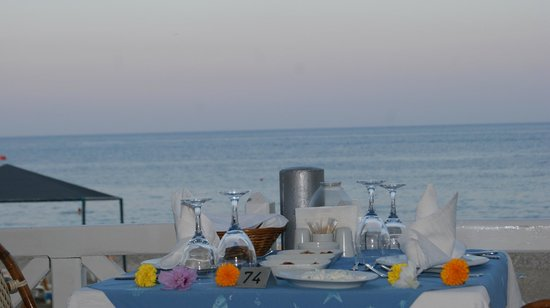 Le Jardin Resort: Вид на море из ресторана a la cart