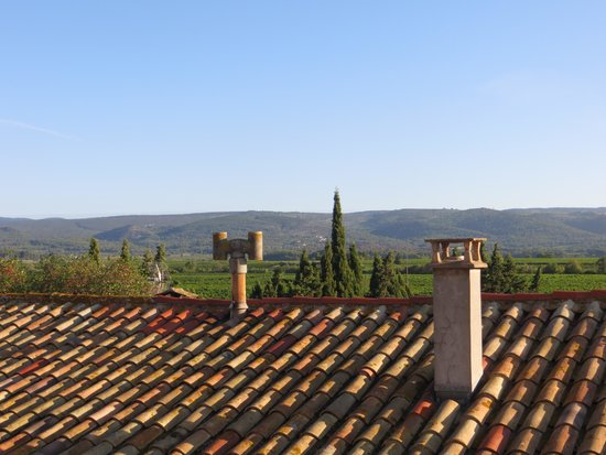 Pepieux, Prancis: view from the top room, similar from the bath - dreamy!
