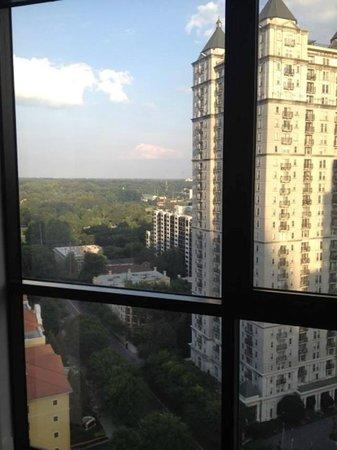 W Atlanta Midtown: Room on 19th floor overlooking Piedmont Park