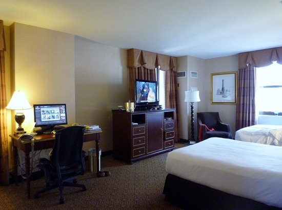 Hilton Chicago: Guest room (#2162)