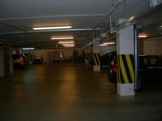 Radisson Blu Hotel Krakow: il garage