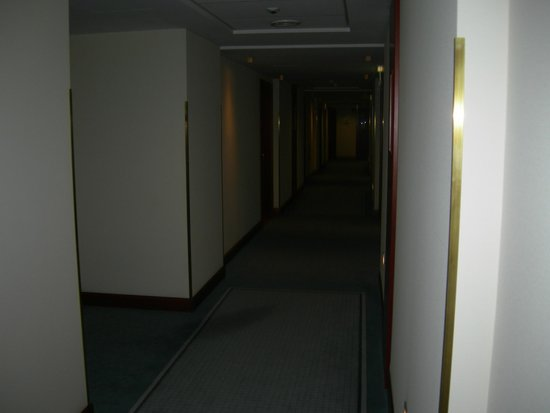 Radisson Blu Hotel Kraków : il corridoio