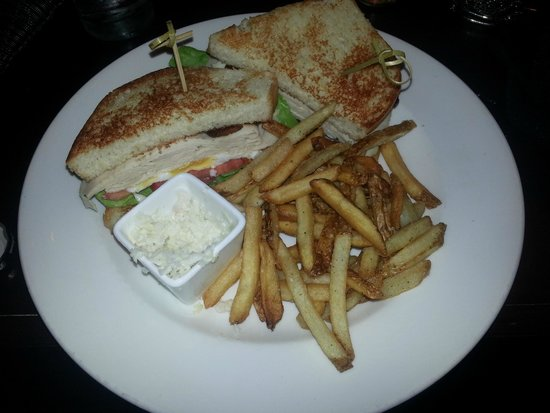 Hotel Valencia Riverwalk: Room Service@midnight(molases candied bacon on sandwich)