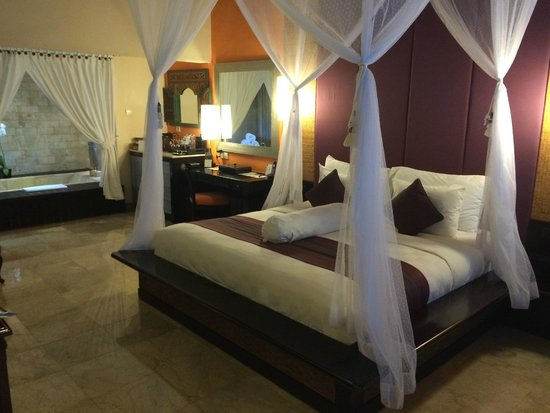 The Royal Beach Seminyak Bali - MGallery Collection: The bedroom of our seafront villa