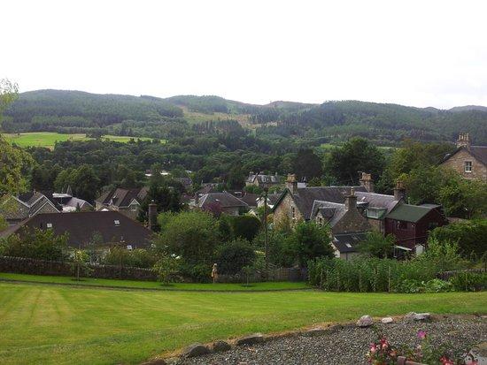 Tir Aluinn Guest House: Vista desde Pitlochry desde la casa