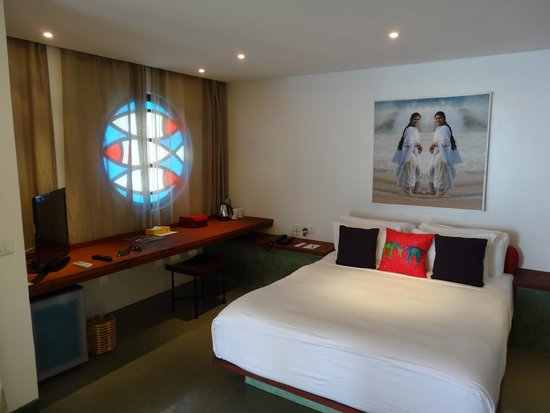 Purity at Lake Vembanad: In-room sleeping area