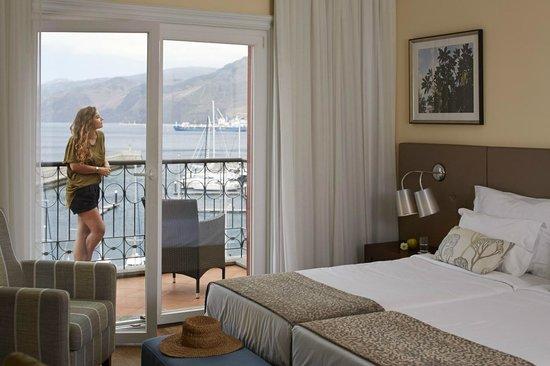 Quinta do Lorde Resort, Hotel & Marina : Apartments bedroom view over the Marina