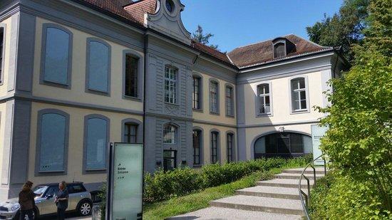 Musée de l'Elysée: View of the Museum