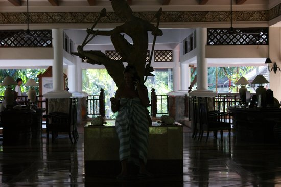 Thavorn Beach Village Resort & Spa: reception entrance