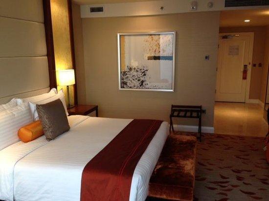 Solaire Resort & Casino: Bedroom