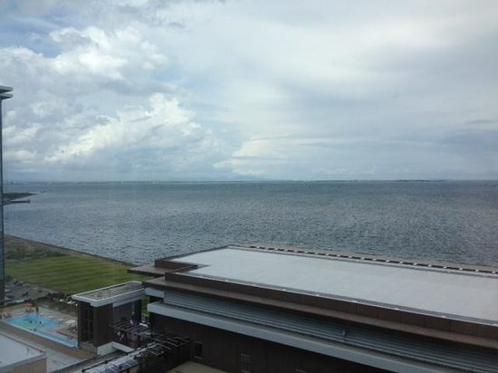 Solaire Resort & Casino: Seaview from the room