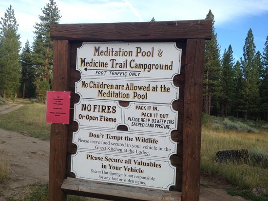 Sierra Hot Springs Resort & Retreat Center: on the path to the meditation pool