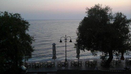 Hotel Maro : Θεα προς την θάλασσα