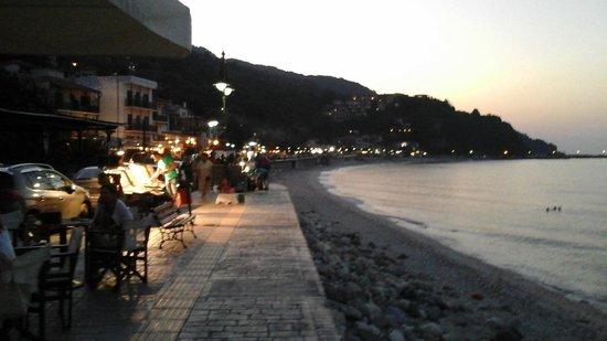 Hotel Maro : Νυχτερινή ζωή στον Αι Γιάννη