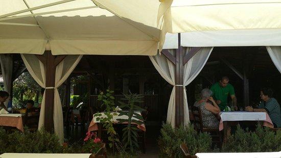 Captain's Restaurant: Таверня
