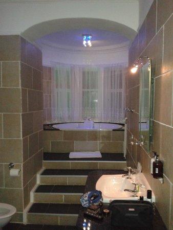 Knock Castle Hotel & Spa: bathe in luxury
