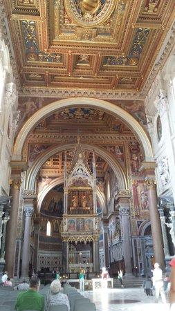 Arcibasilica di San Giovanni in Laterano: Soffitto spettacolare
