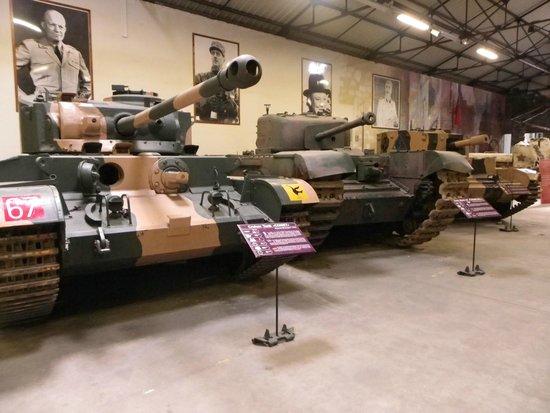Musée des blindés : More Tanks