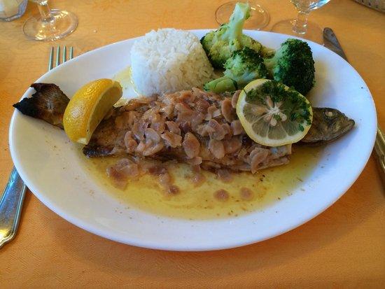 Hotel Restaurant Bain: Truites aux amandes