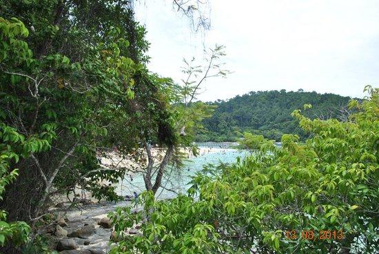 Sapi Island : вид со скалы