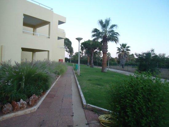 Parque Mourabel Apartments : Exterior
