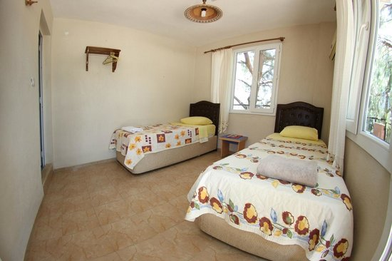 Atilla's Getaway : 2 tek yataklı oda