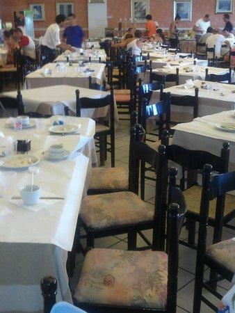 Villaggio Club Poseidone: Sala da pranzo