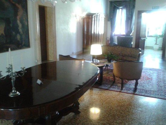 Hotel Casa Verardo - Residenza D'Epoca: Portego